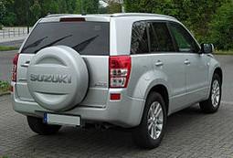 Suzuki Grand Vitara 5P avec roue de secours 05-15 Attelage fixe+faisc 13b uni.